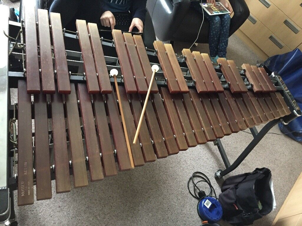 Wonderful Xylophone: 3.5 Octave Musser Kelon M51 Pro Portable With Concert Frame