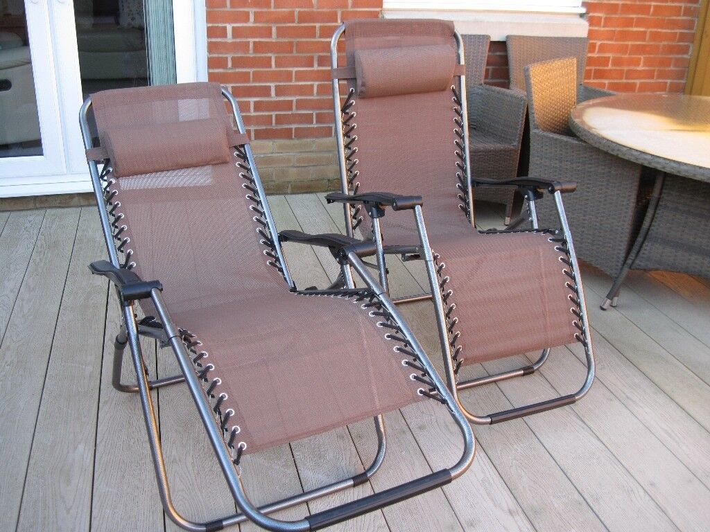 2 X Reclining Folding Sun Chairs / Loungers New