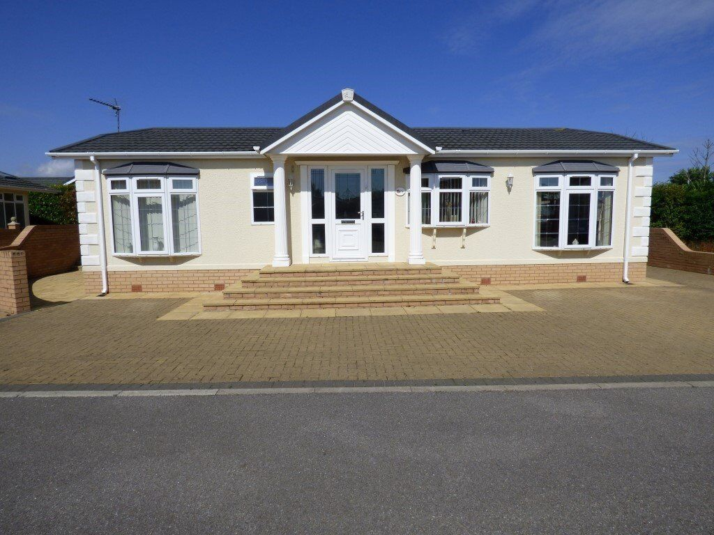 Bungalows For Sale In Bridlington Part - 24: 2 Bed Detached Bungalow Chalet Holiday Home For Sale At Hawthorn Holiday  Park Nr Bridlington (
