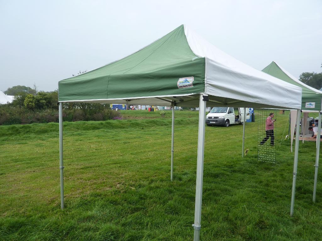 gazebo makro. gala tent pro 50 pop up gazebo 3 x meteres heavy duty with & Gazebo Makro. CAMPMASTER Instant Shade 100 Gazebo Makro Online ...