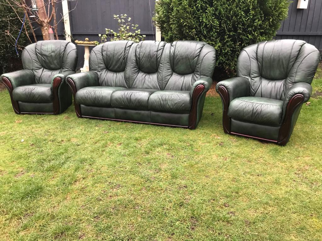 Bottle Green Italian Leather Rossini Chesterfield Style Sofa Suite Can  Deliver
