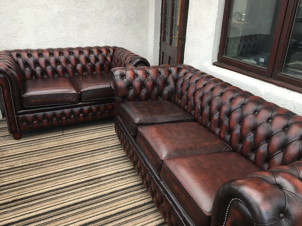 *provisionally Sold* Stunning Chesterfield Sofa Set 2 + 3 Seater