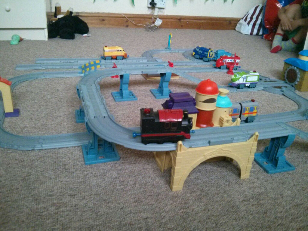 Chuggington Die Cast Interactive Train Set + Extra Engine Toys + Extra Tracks & Chuggington Die Cast Interactive Train Set + Extra Engine Toys + ...