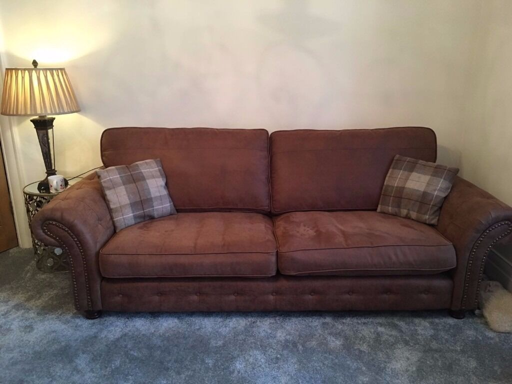 Marvelous Woodland Sofa In Brown | 18mths Old | Excellent Condition | Pet/Smoke Free  Home