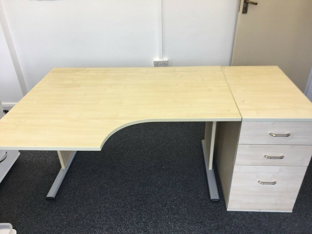 Office Desk And Set Of Draws (Maple)