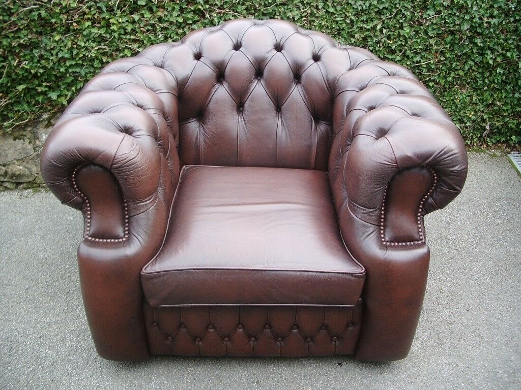 Stunning Brown Chesterfield Club Chair