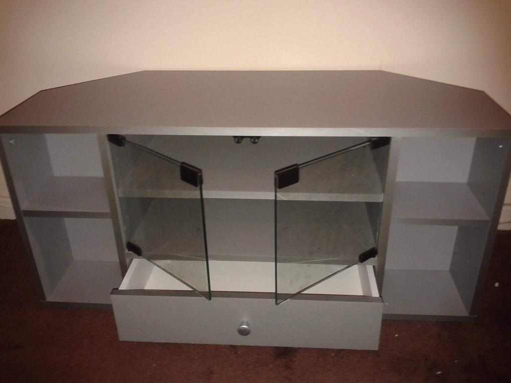 small silver tv stand new in box 15
