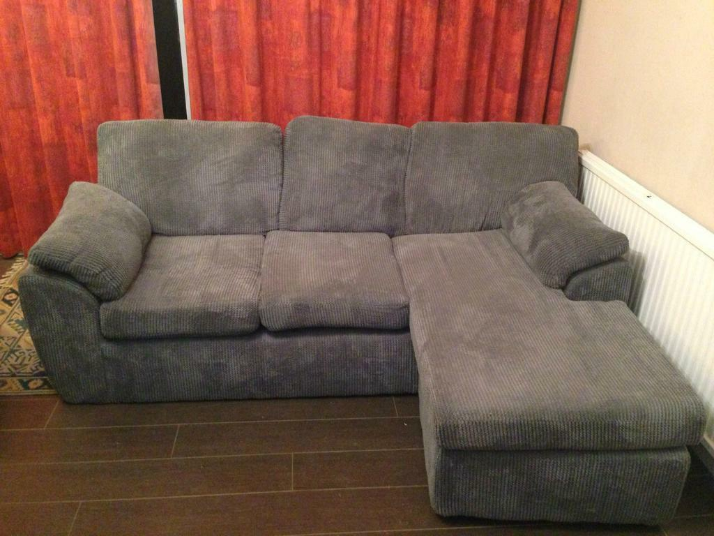 For Sale   Rebecca Reversible Fabric Corner Chaise Sofa U2013 6 Months Old    £350ono