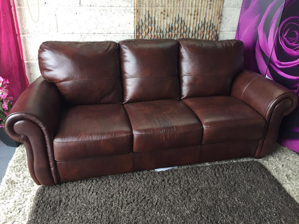 New Cassina 3 Seater Italian Leather Sofa SALE PRICE £250