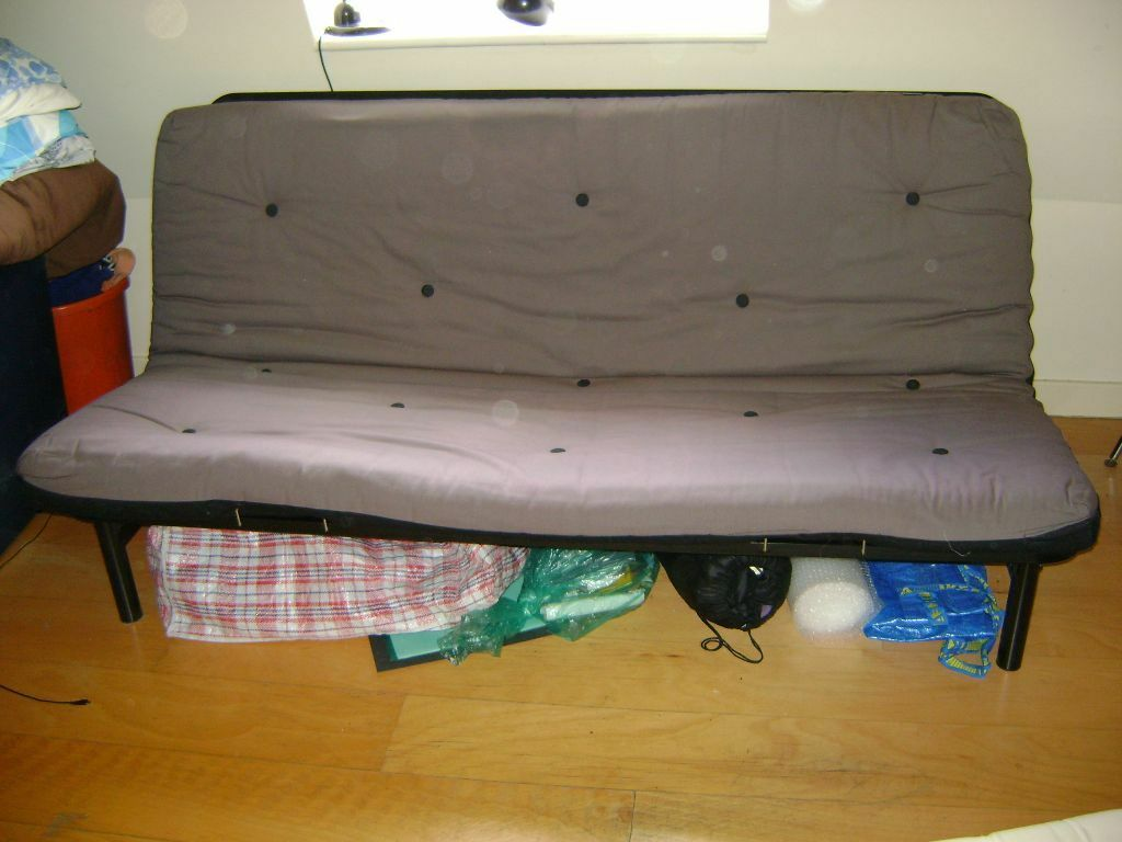 Double Sofa Bed With Futon Mattress Super Easy To Put Up And Down
