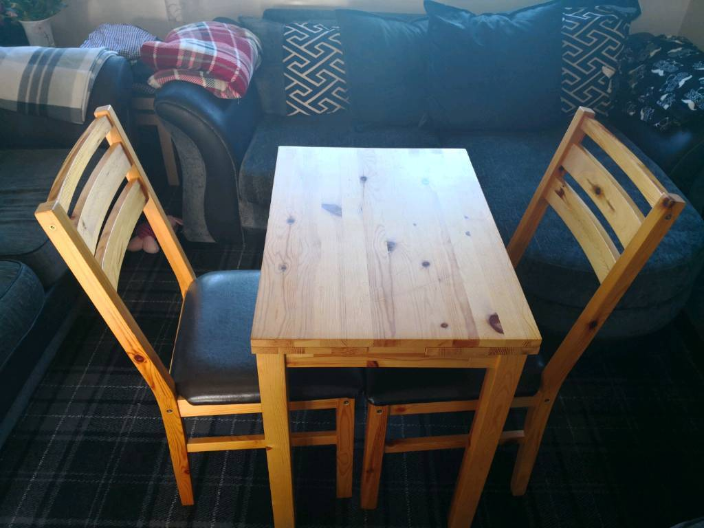 Extendable Pine Dining Table U0026 Chairs