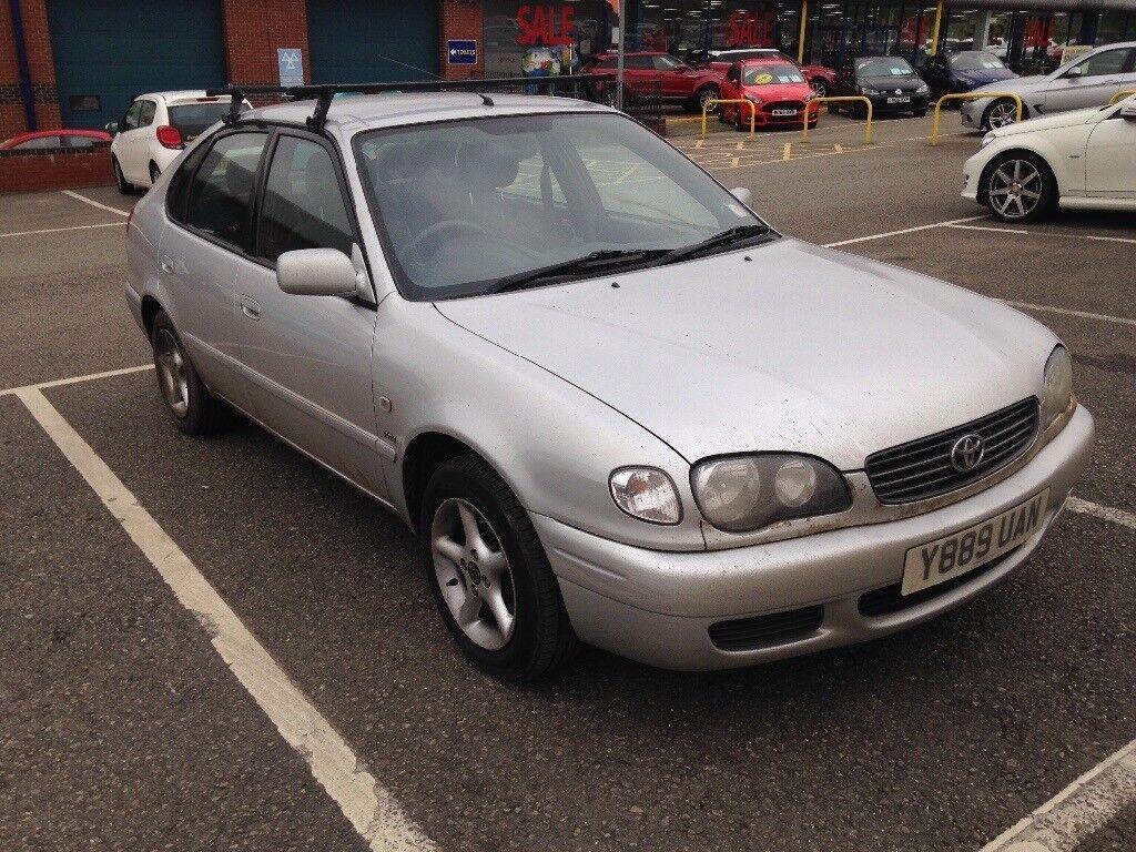Reliable Runaround Going In London Fields 2001 Toyota Corolla