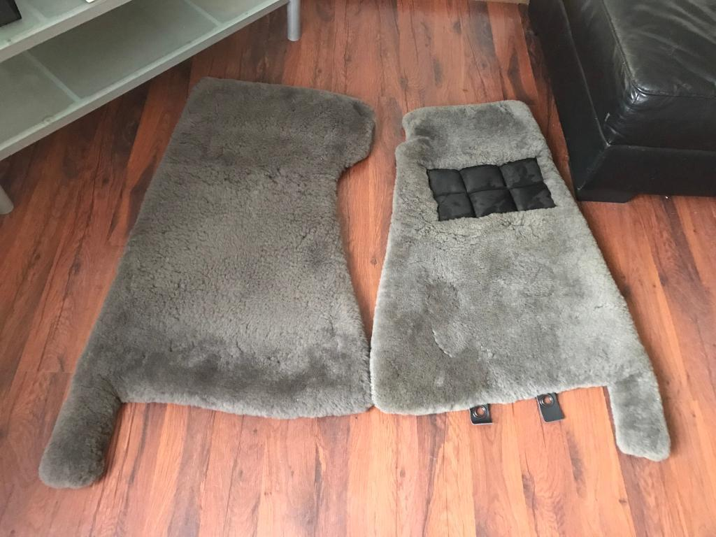 Aston Martin Vantage Real Lamb Wool Car Floor Mats