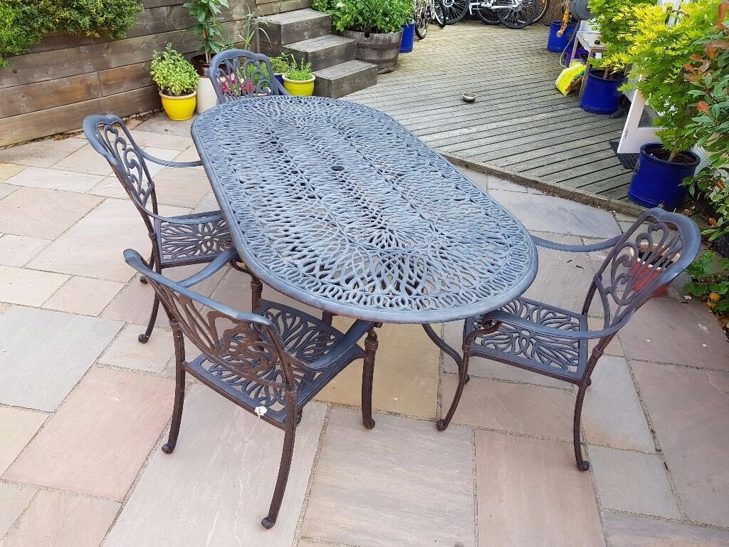 Charmant ... Large Oval Hartman Amalfi Outdoor Garden Table 4 Chair Set In Cast  Metal ...