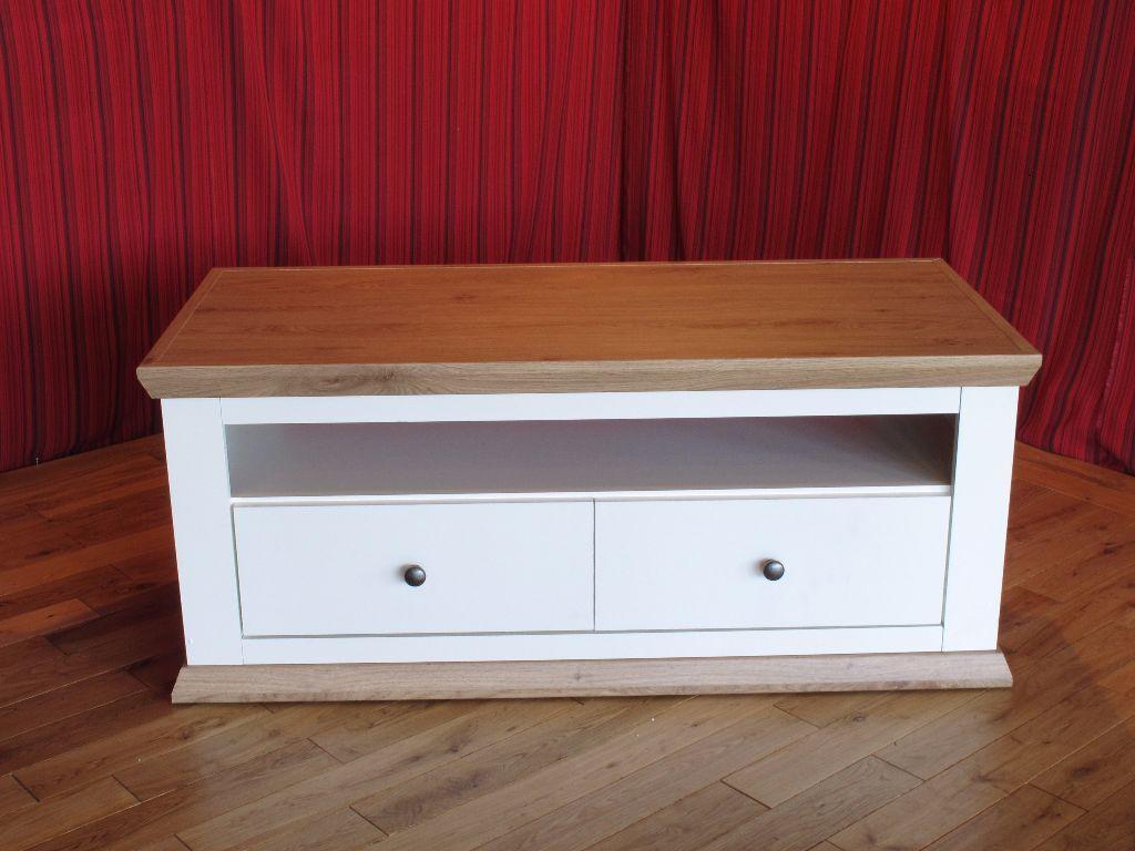Wonderful NEW Easton Cream Painted U0026 Oak Solid Coffee Table