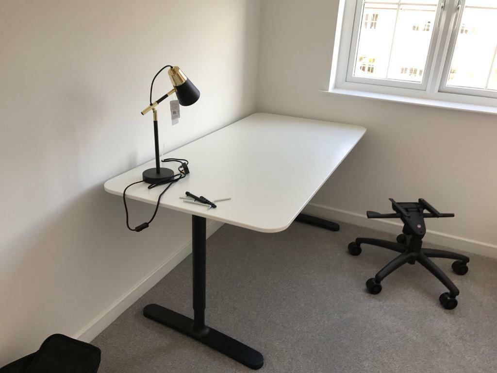 Ikea Bekant 160x80cm Computer Desk (black/white)