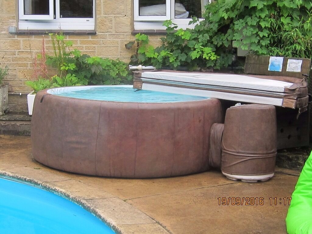 hot tub a t300 5 6 person mocha softub with new motor