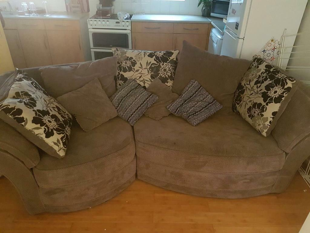 3 Seater Brown And Cream Scatter Cushion Sofa   Flower Pattern Reversible  Cushions