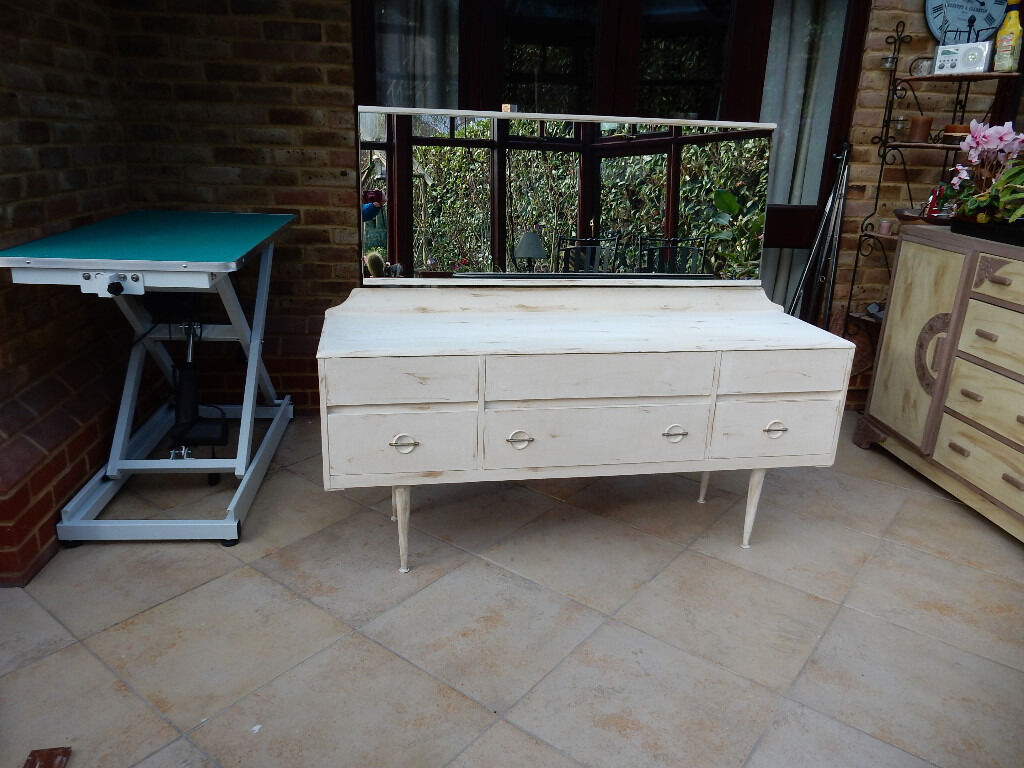 Superior Stunning Wooden Large Low Dressing Table Shabby Chic