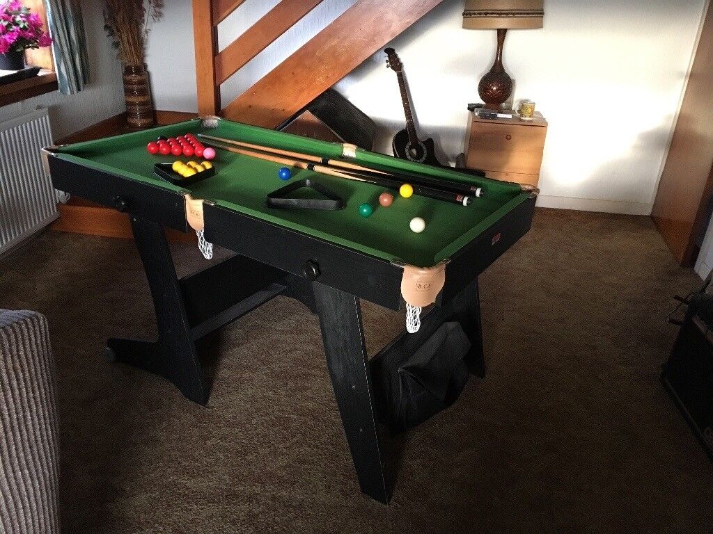5ft Snooker Table (folds Up For Storage)