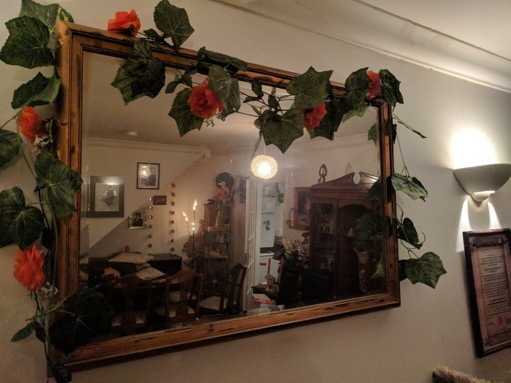 Large Dining Room Mirror (Golden Antique Looking Finish   100cm X 70cm)
