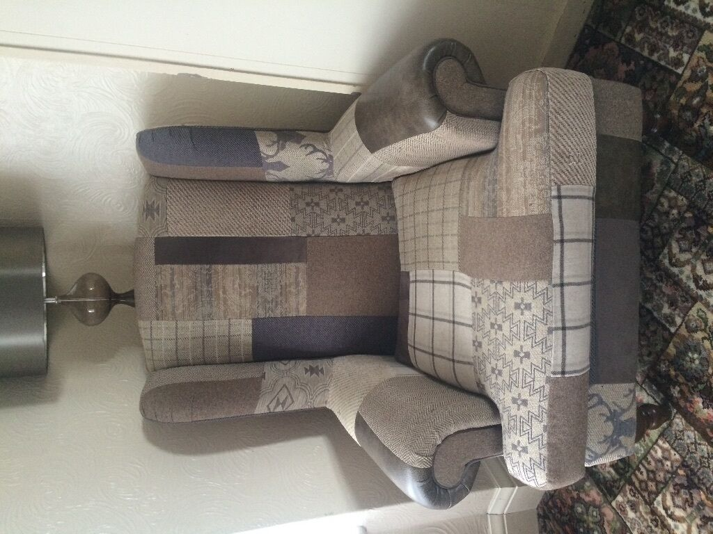 3/4 Seater Country Patchwork Sofa With 2 Wingback Arm Chairs