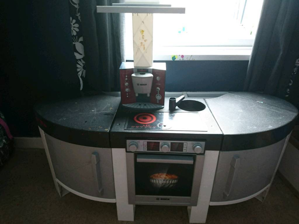 Bosch Play Kitchen And Bits