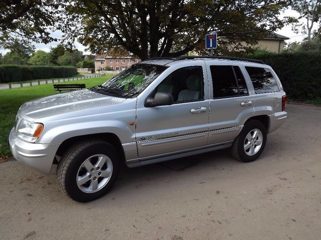 Elegant Jeep Grand Cherokee Overland 2004 2.7 CRD
