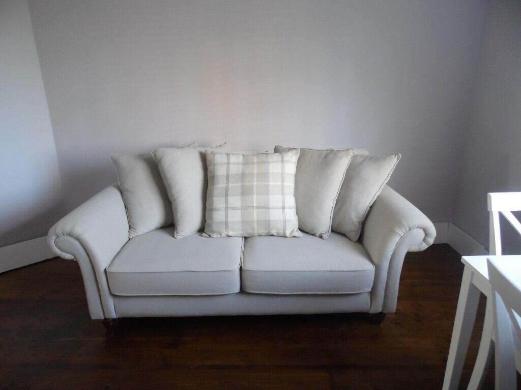 Heart Of House Windsor Sofa