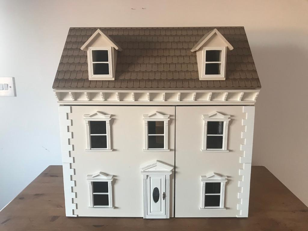 Georgian Style Sue Ryder Doll House (incl. Furniture)