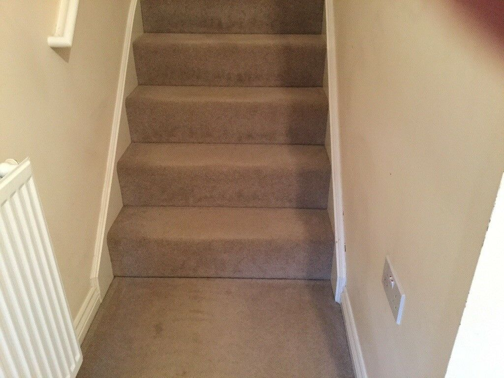 Lounge Hall Stairs Landing U0026 Three Bedrooms Carpet £200 Call 07812980350