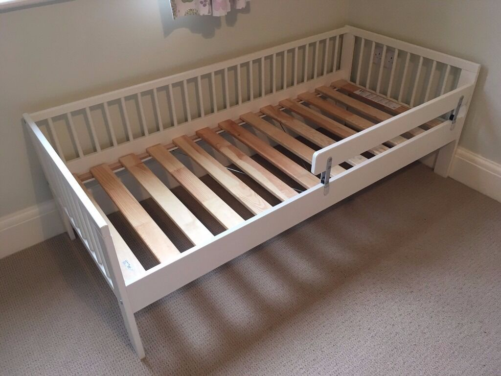 IKEA Toddler Bed With Guard Rail, White, Very Good Condition