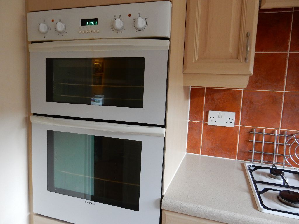 ariston electric double oven grill and ariston gas hob ariston electric double oven grill and ariston gas hob   in      rh   gumtree com