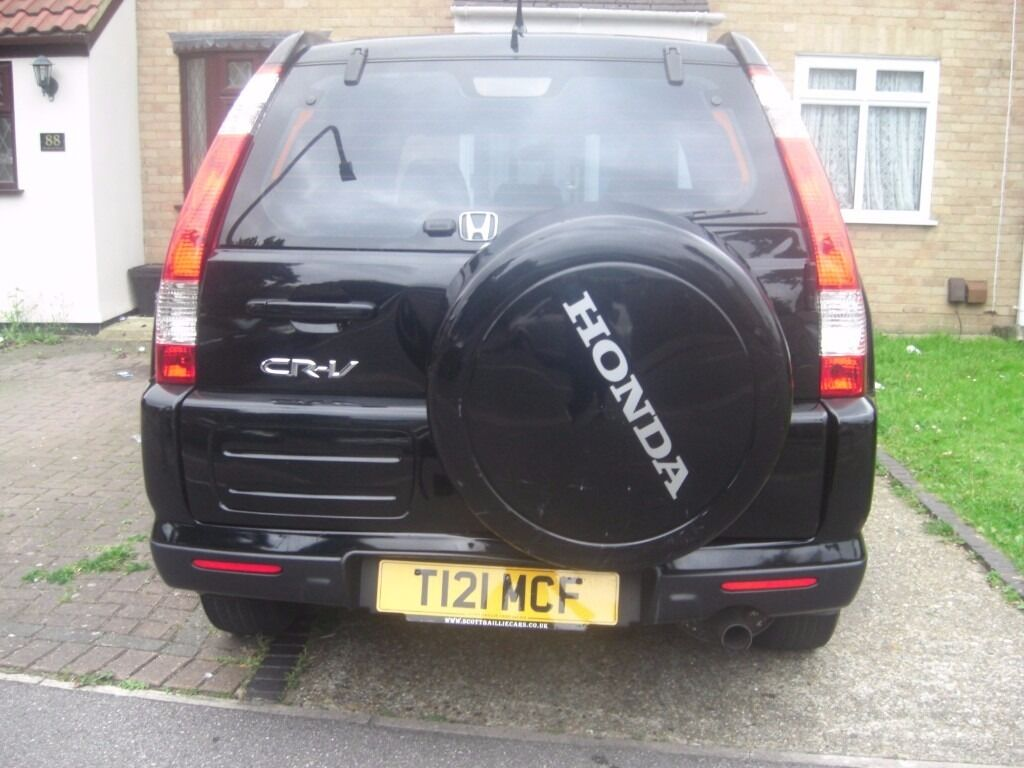 £2295 | 2005 HONDA CRV, FACE LIFT, PRIVATE NUMBER PLATE, PETROL, 5 SPEED  MANUAL, LONG MOT, LOW MILEAGE.