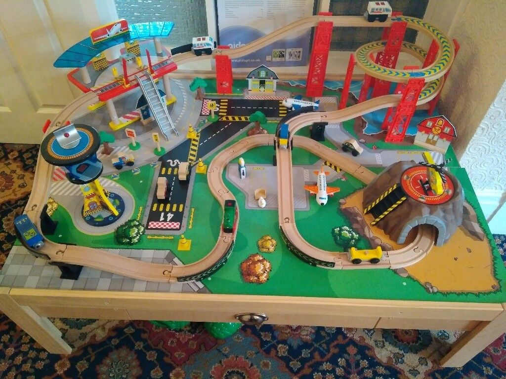 Kidcraft Airport Express Train Set And Table