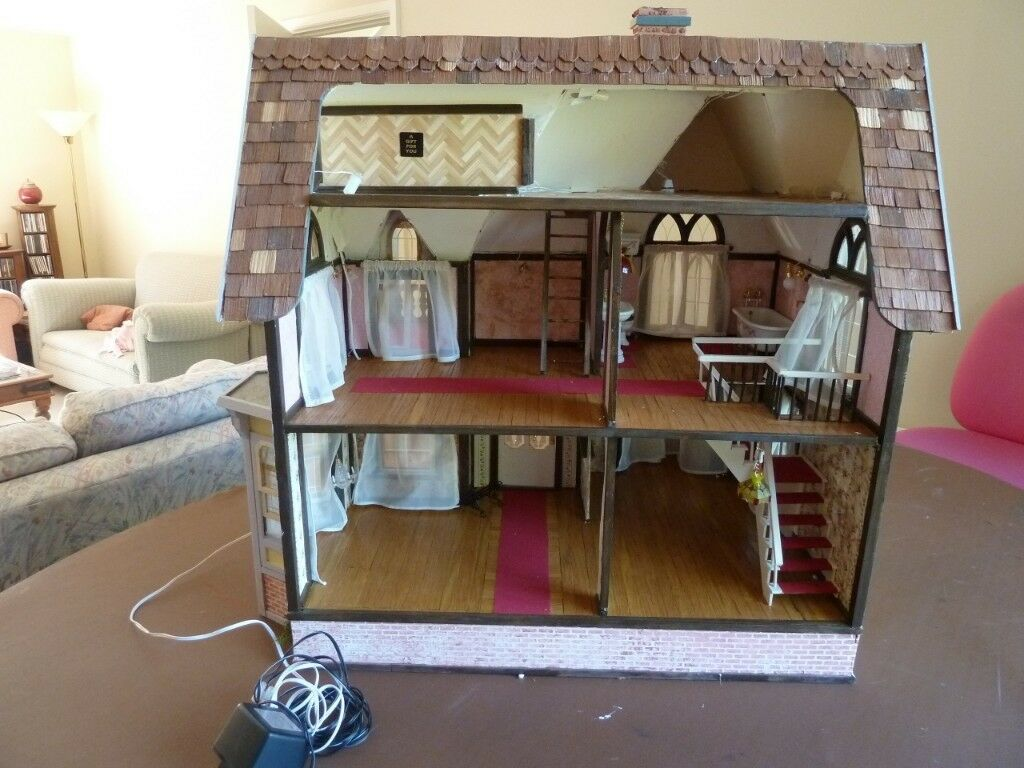 ADULT COLLECTORS DOLLS HOUSE WITH FURNITURE AND LIGHTING | In Andover,  Hampshire | Gumtree