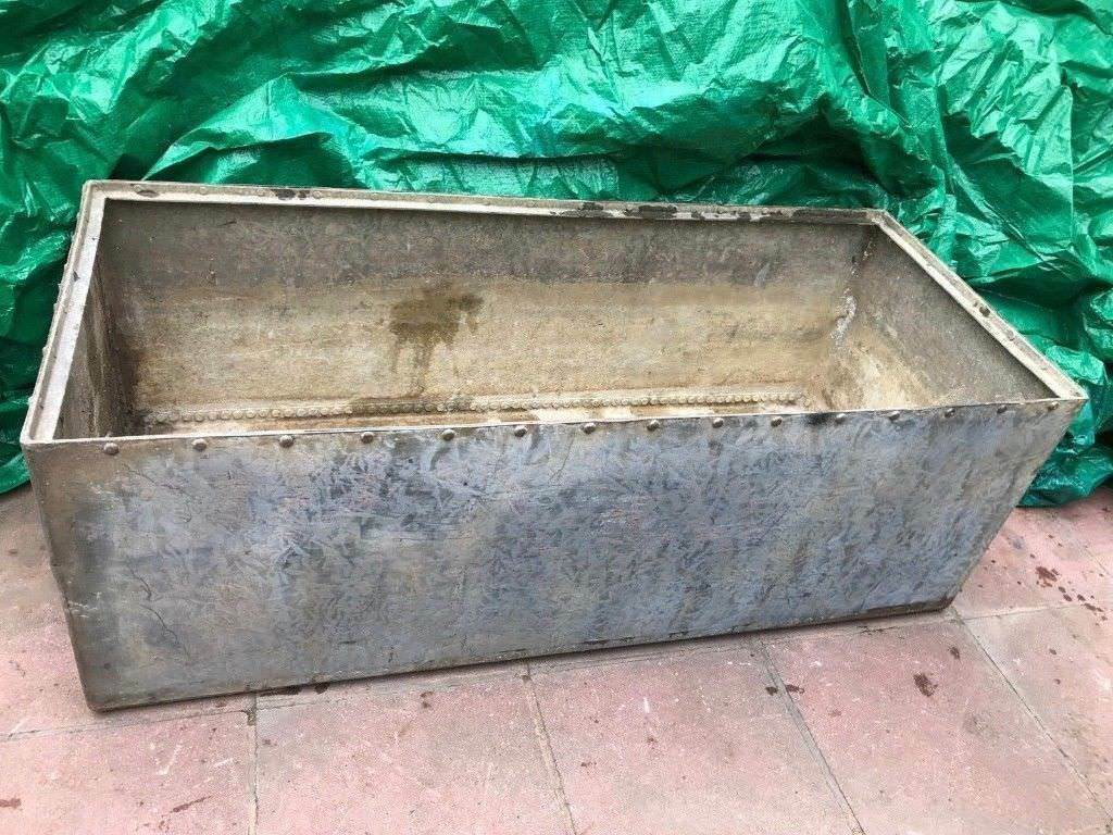 Large Victorian Antique Riveted Galvanised Steel Water Trough   Garden  Planter Or Pond Plant Pot VGC