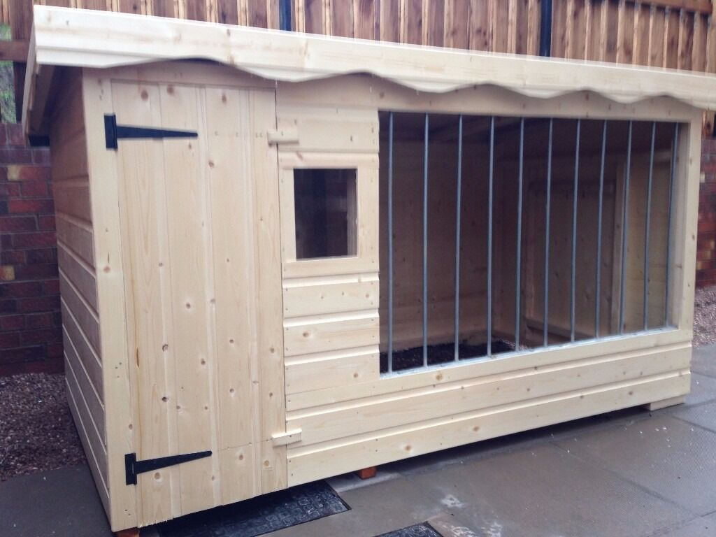 Brand New Extra Large Dog Kennel And Run With Galvanised Bars And Window