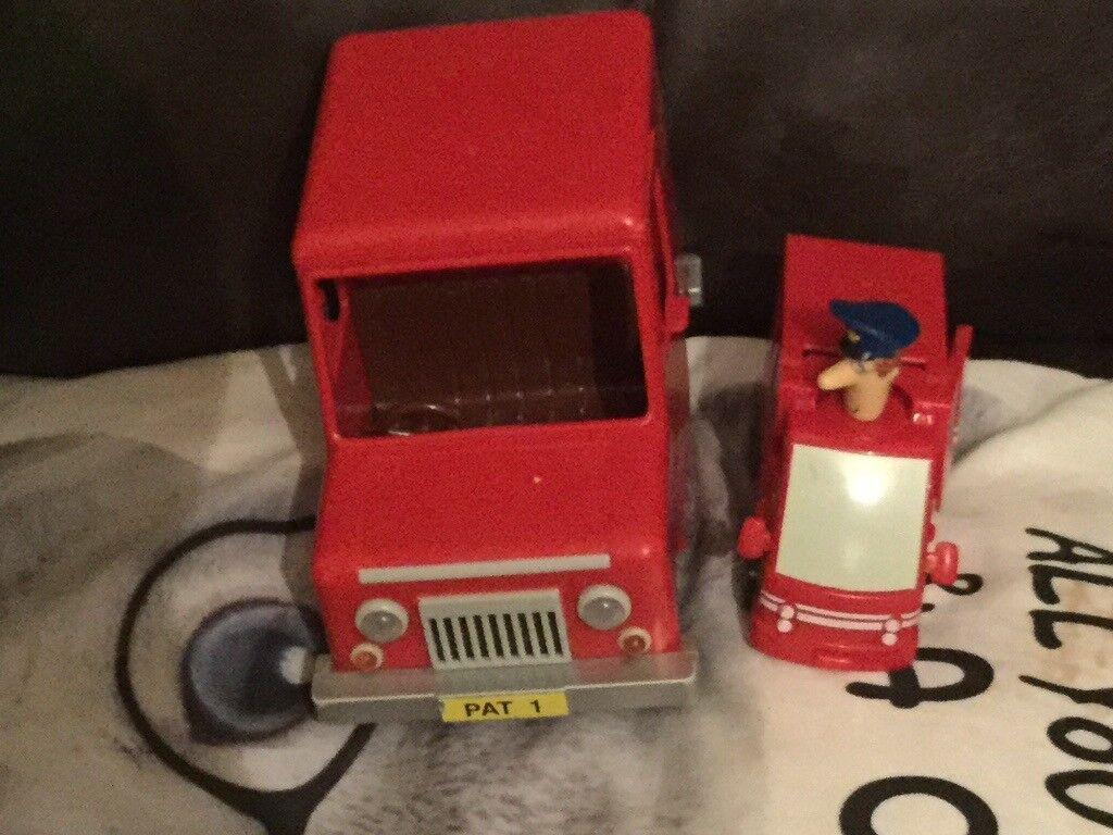 Postman pat Royal Mail van+ postman pat transformer pat van plane £12 no offers & Postman pat Royal Mail van+ postman pat transformer pat van plane ...