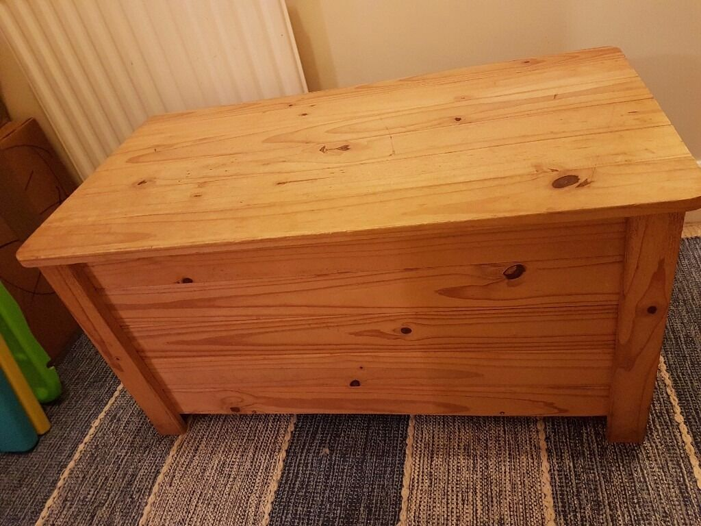 Lovely Solid Wood (Pine) Storage Chest / Blanket Box / Trunk Childrenu0027s Toy Storage & Lovely Solid Wood (Pine) Storage Chest / Blanket Box / Trunk ...
