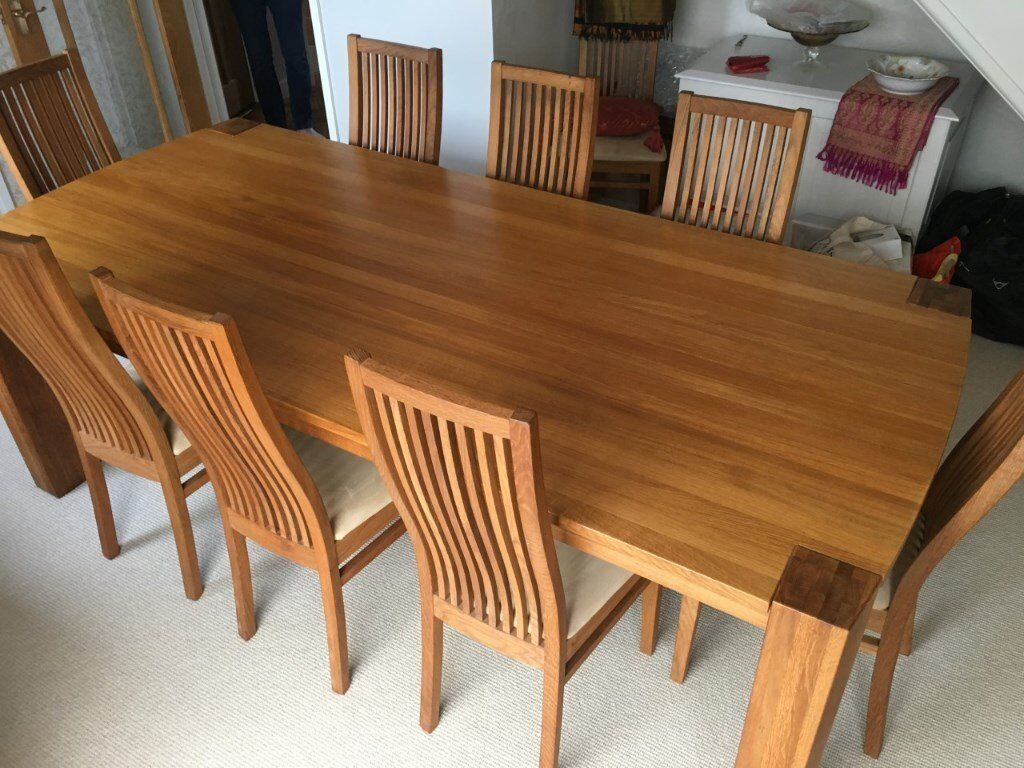 Perfect Condition Solid Oak Dining Table And 8 Chairs