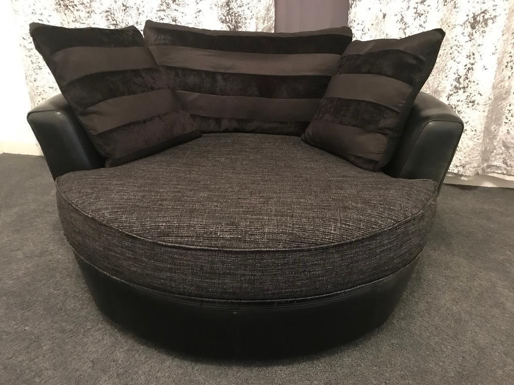 Good ... Double Swivel Chair. Image 1 Of 3