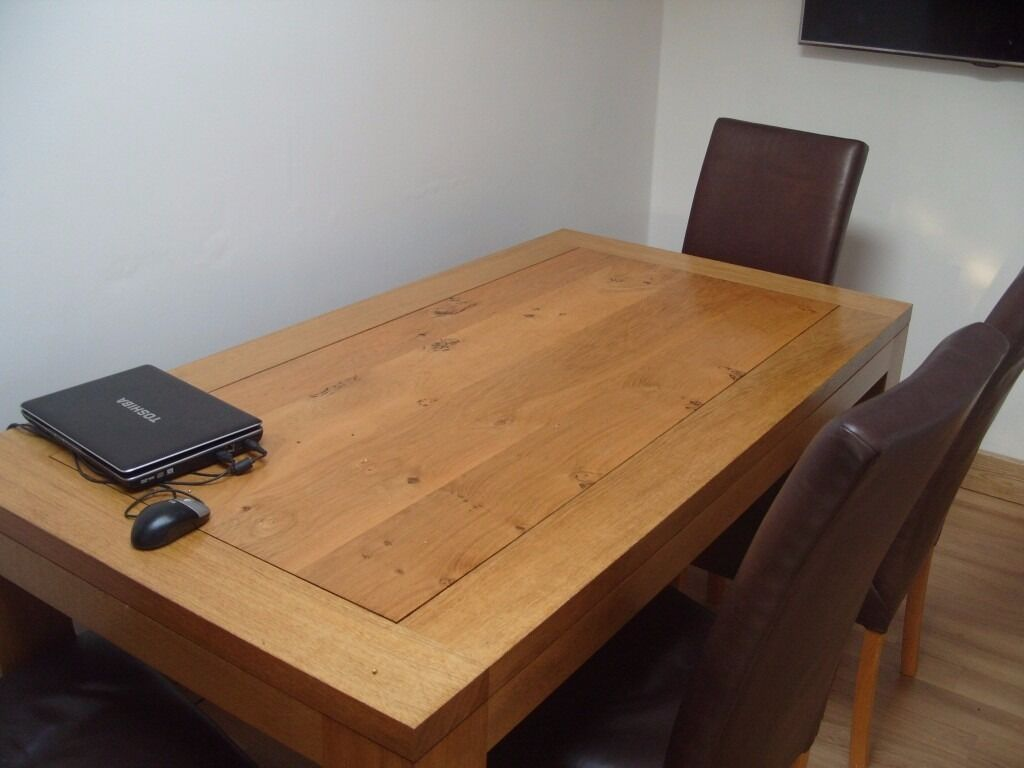 Awesome Royal Oak Furniture Company Top Quality Solid Oak Dining Table + 4 Leather  Chairs Cost £