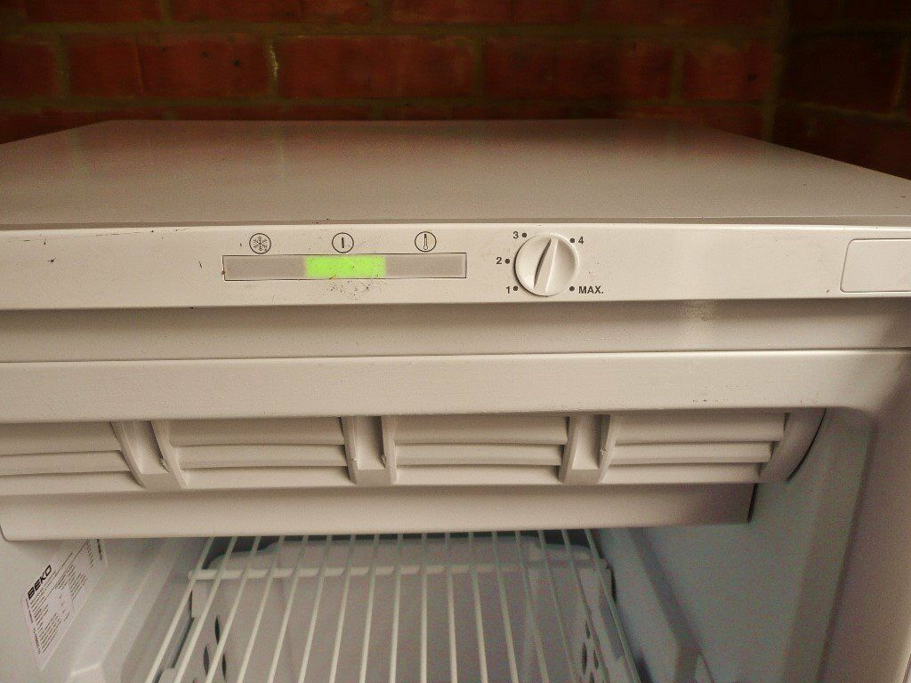 White Beko TFF546APW A+ Class Frost Free Freezer 1 Shelf 4 Drawers Suitable  For Outbuildings Garage