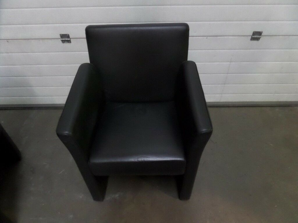 BLACK FAUX LEATHER OFFICE RECEPTION ARMCHAIRS WITH CASTORS