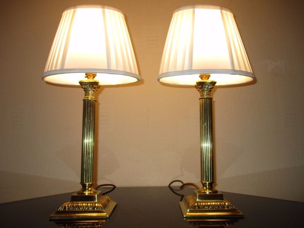 PAIR OF VINTAGE SOLID BRASS CORINTHIAN COLUMN TABLE LAMPS WITH VINTAGE  SHADES
