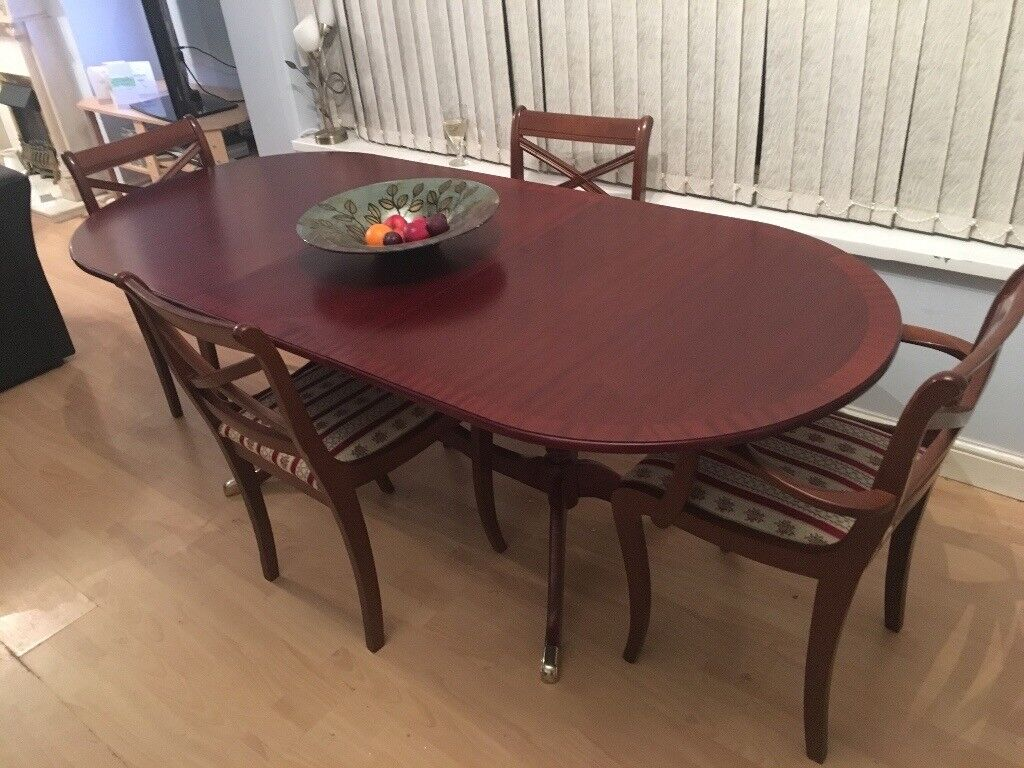 Large Extending Dining Table U0026 Chairs  Perfect For Easter Entertaining!