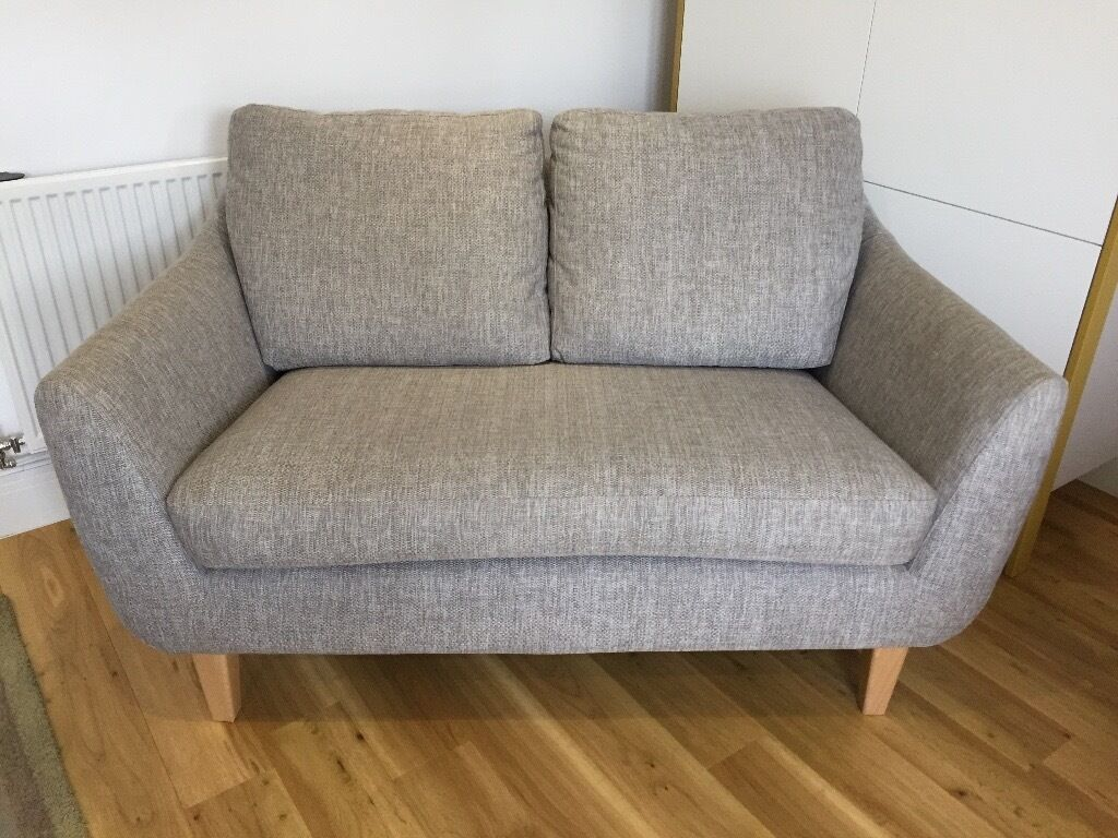Charmant Iconic 1960s Style Sofa (G Plan Vintage Range)