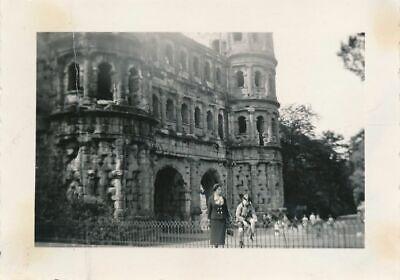 Foto, Deutschlandtour, Trier - an der Porta Nigra, 1937; 5026-271 (Porta Fotos)