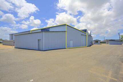200m2 SHED, CENTRALLY LOCATED WITH OVERHEAD CRANE